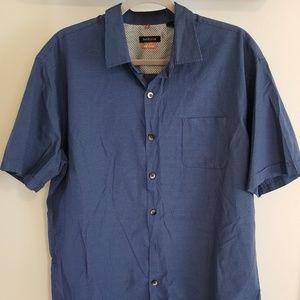 Van Heusen Traveler size XL. BLUE